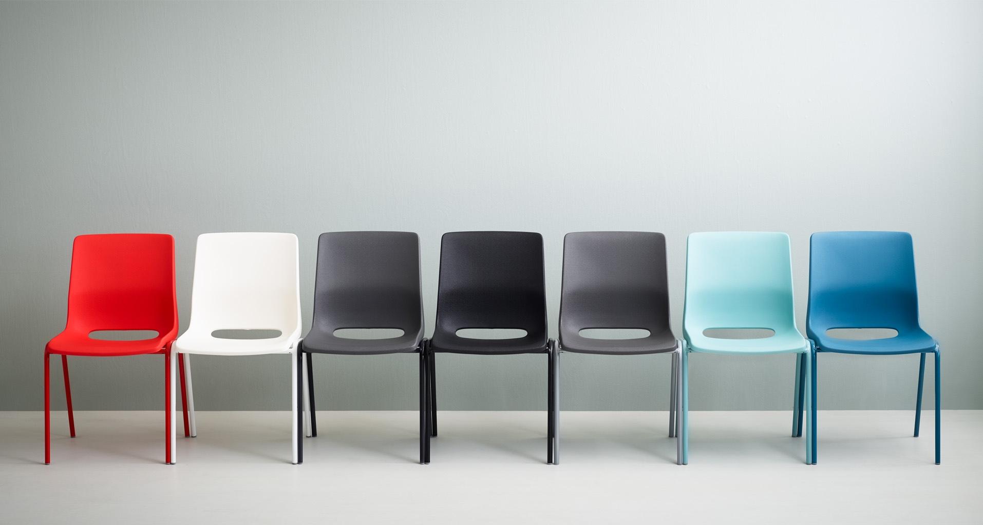 Krzesło RBM ANA - Producent: Flokk, Dystrybutor: Vipservice. Ergonomiczne krzesło do sal konferencyjnych, sal spotkań, restauracji i kawiarnii
