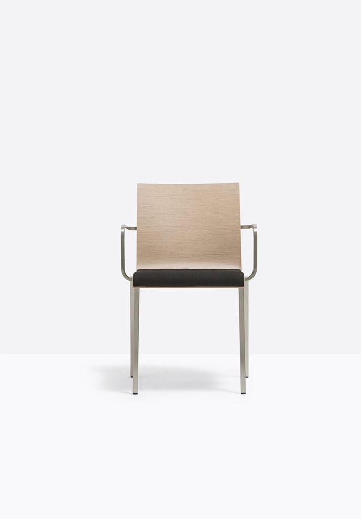 Krzesło Kuadra XL - Producent: Pedrali; Dystrybutor: Vipservice - krzesła do biur, hoteli, restauracji