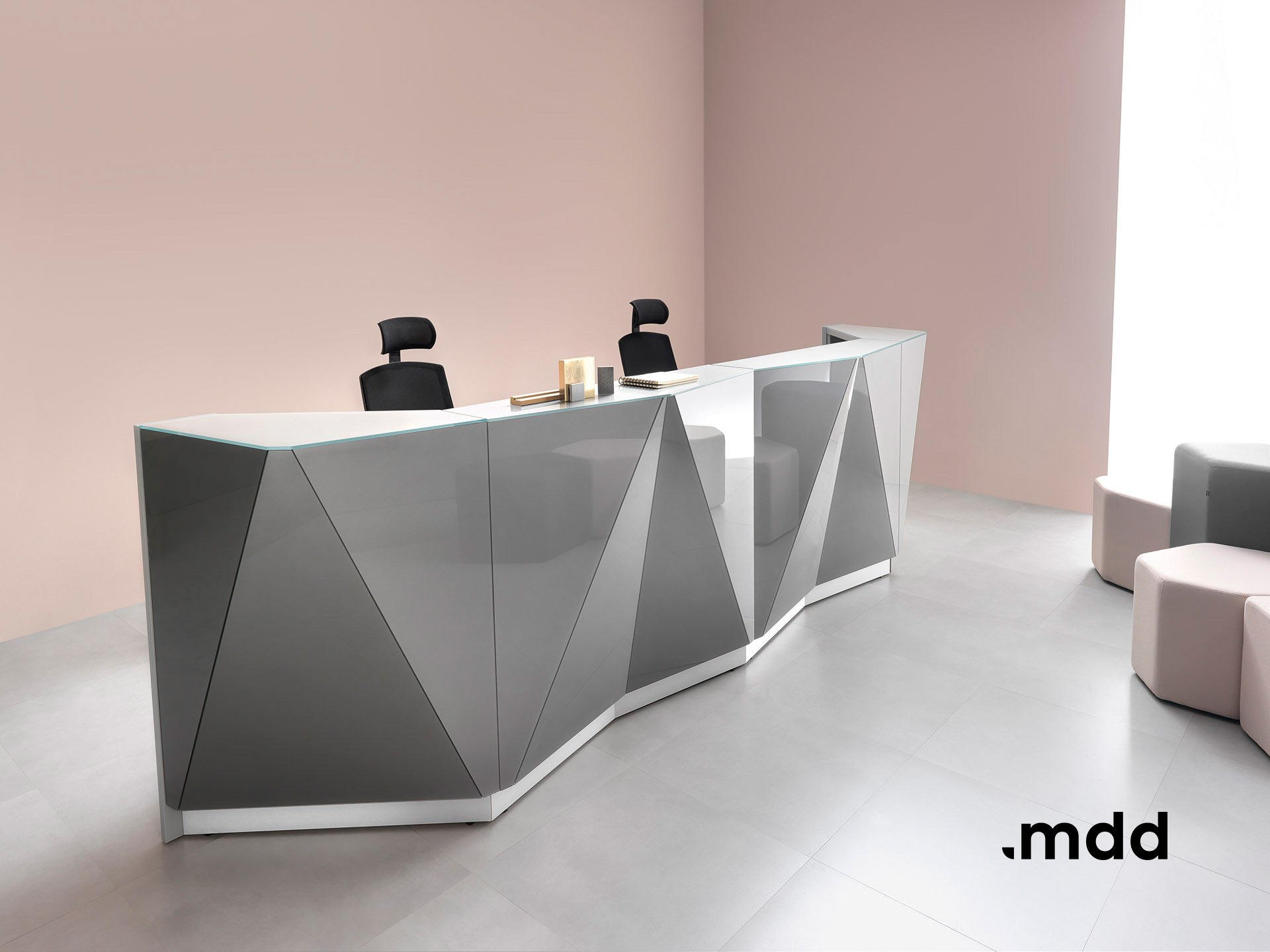 Lada recepcyjna Alpa - Producent: MDD, Dystrybutor: Vipservice