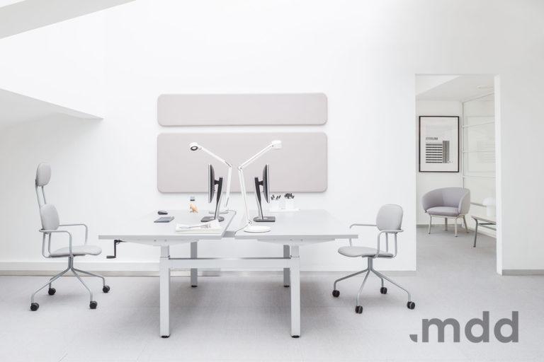 Biurko Drive - Producent: MDD, Dystrybutor: Vipservice - nowoczesne biurko z elektryczną lub manualną regulacją wysokości